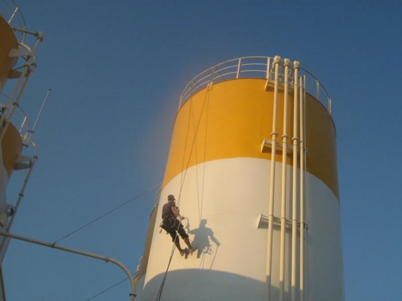alpinisti utilitari vopsitorie airless, tencuieli fatade alpinism utilitar